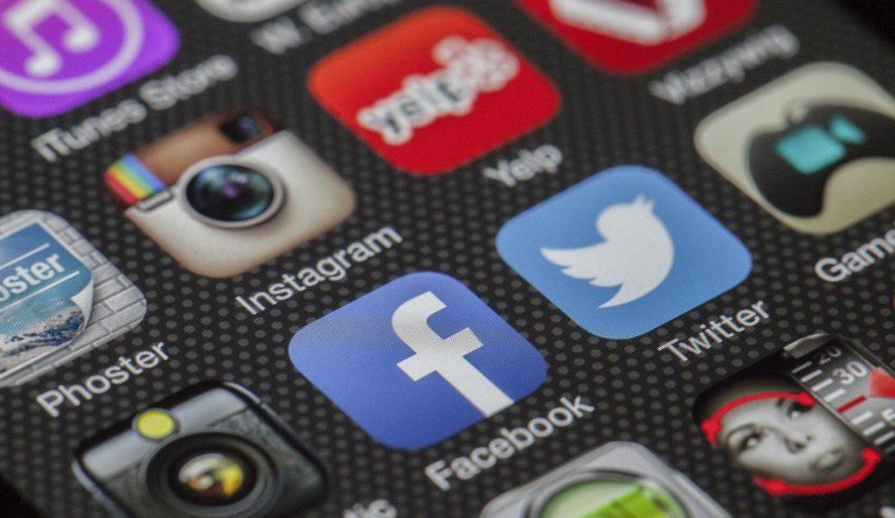 System rekomendacji w mediach społecznościowych